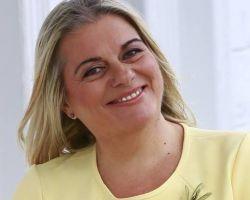 TÜHİD Balotaj Kurulu Üyemiz, IPRA Geçmiş Dönem Başkanı Zehra Güngör'e PRO PR Ödülü